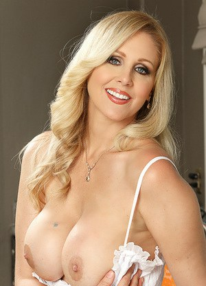 Hot Milf By The Doc Free Video 39